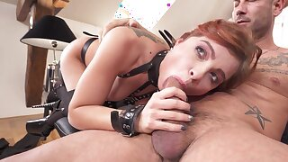 Renata Fox is rocking some sexy black lingerie during this hot fuck