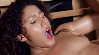 Chick with flat belly simply adores humping in the sauna