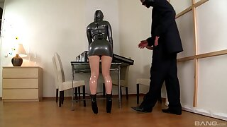 Latex anal fantasy grants woman the finest orgasms