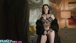 Brunette MILF dazzless with her naturalness and skills for porn