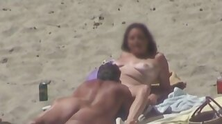 Eating Pussy On The Beach