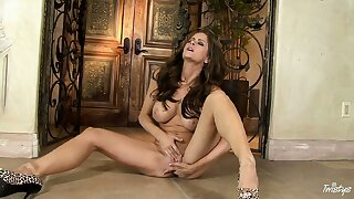 Long-lusting effect of stroking the hard clit and soft vulvar lips