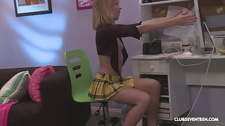 Amateur teen cutie Chastity Lynn pussy pounded in a miniskirt