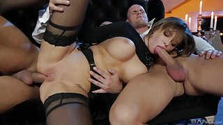 Anna Polina enjoys double penetration with her handsome friends